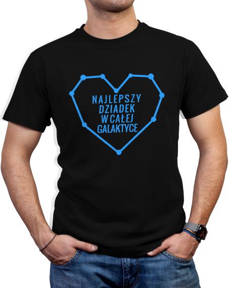 Czarna koszulka dla dziadka z niebieskim napisem Najlepszy dziadek w całej galaktyce.